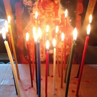 Восковые свечи разноцветные